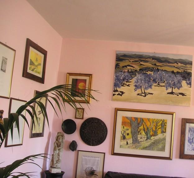 Ulivi Blu, dipinto (80*120) di P. Fidanzi; colline di Pomarance e Rocca Sillana (scorcio sala di Gabriella Pistoia)
