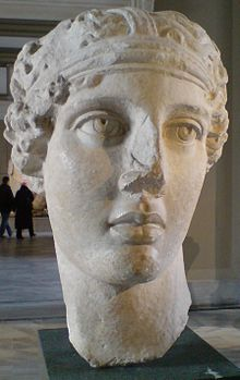 Sappho_Smyrna_Istanbul_Museum_Hellenistic_period